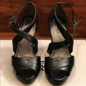 Life Stride Shoes - Life Stride memory foam 3 1/2 in. black heels